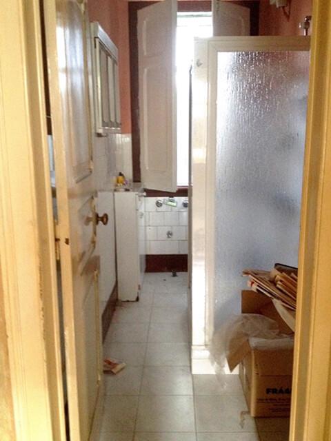 Cozinha - Antes - Apartamento av. Almirante Reis - Lisboa