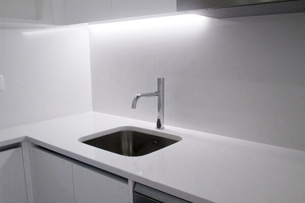 Lava loiça - Cozinha - Depois - Apartamento av. Almirante Reis - Lisboa