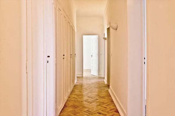 Hall de entrada - Depois - Apartamento av. Paris - Lisboa