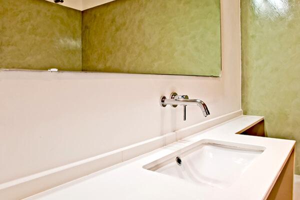 Lavatório com bancada - WC - Depois - Apartamento Alvalade - Lisboa