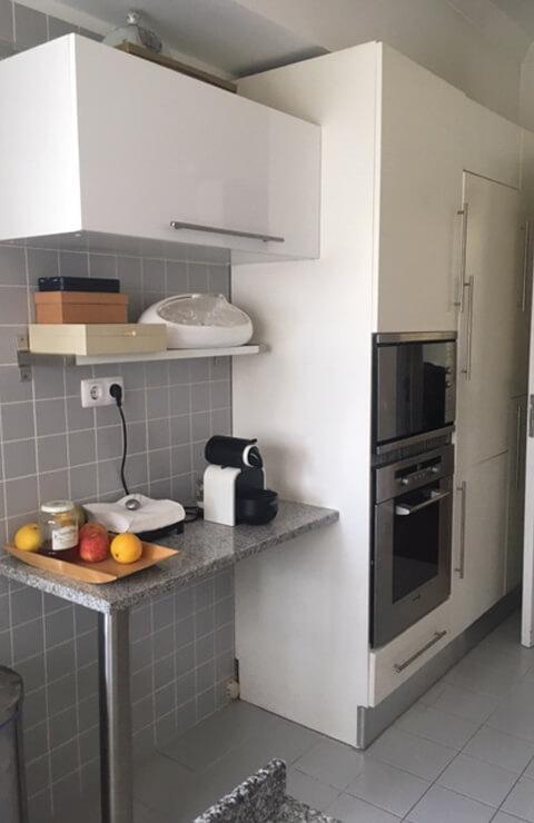 Cozinha bancada - Antes - Apartamento Campo de Ourique - Lisboa