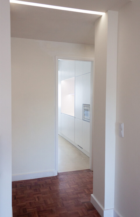 Hall para cozinha - Depois - Apartamento Campo de Ourique - Lisboa